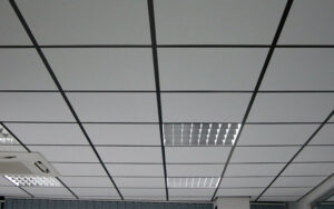 Минеральный потолок